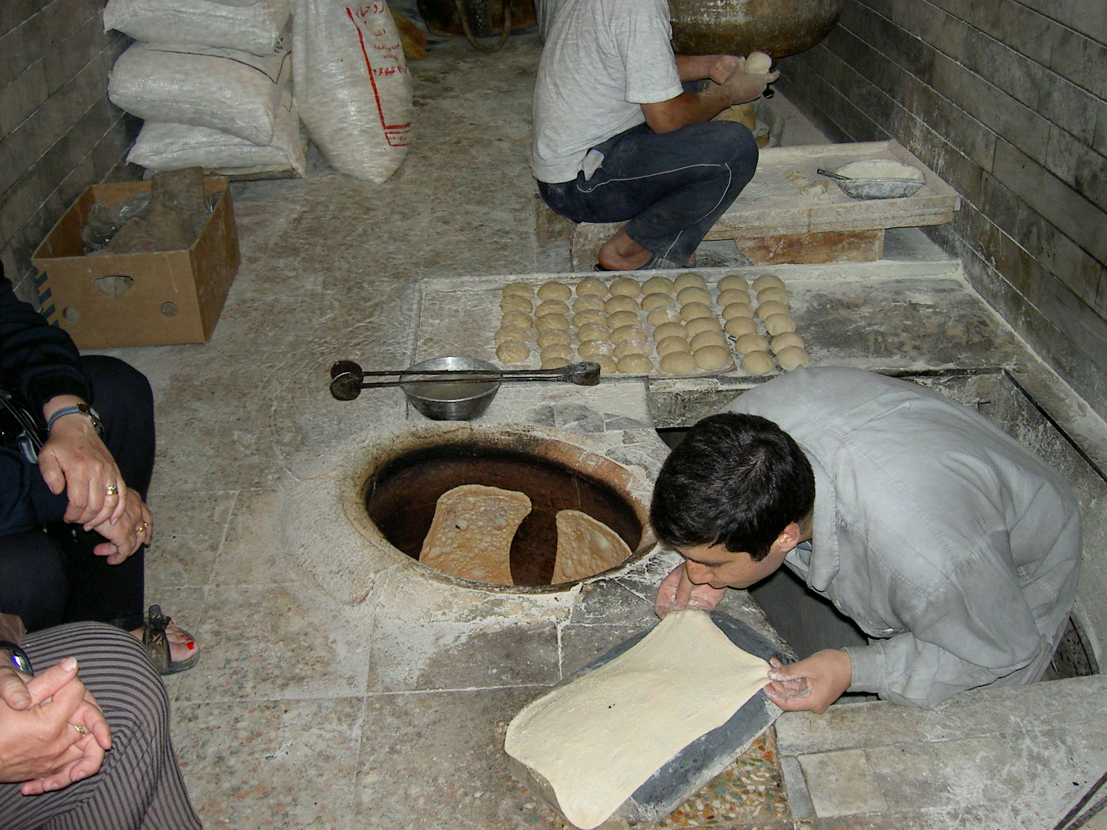 Sergej Marsnjak Iran Masuleh Making Of Bread